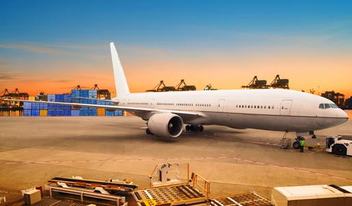 Controles en reparaties op de luchthaven